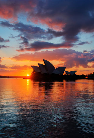 The Sydney Opera House HDR.jpg