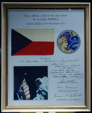 Czech flag on Apollo17 board.jpg